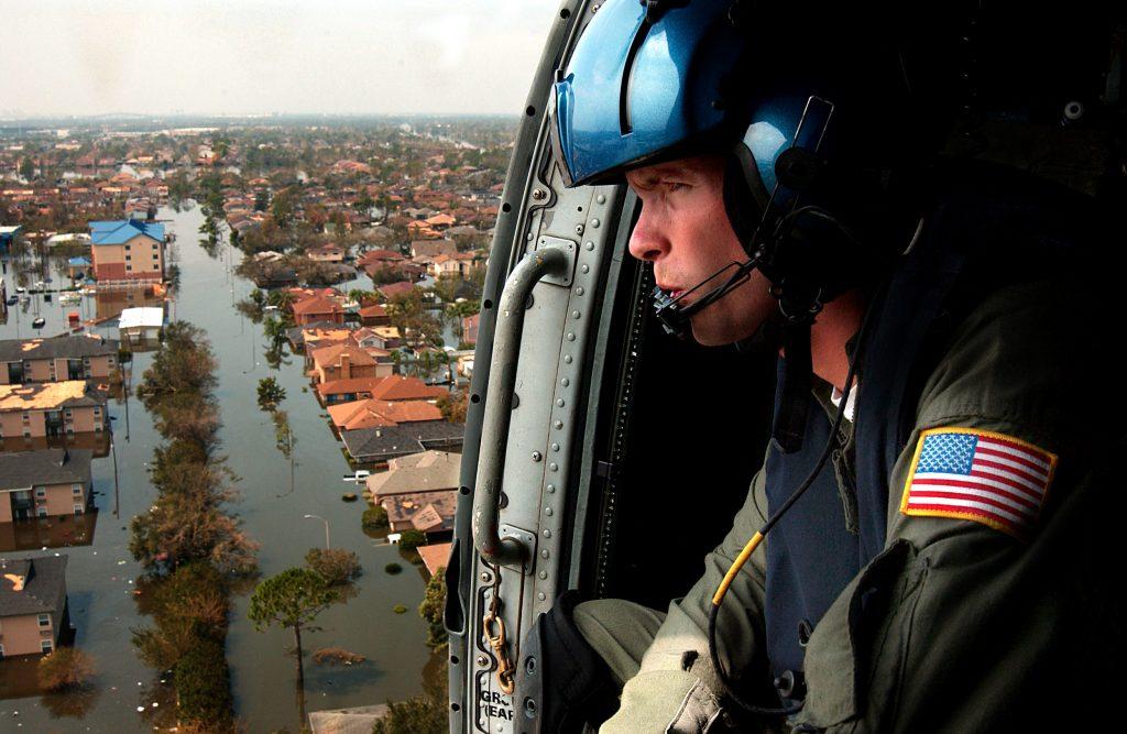 Bezpieczeństwo Środowiskowe w rękach armii po huraganie Katrina