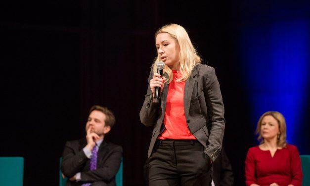 Konferencja Nienieodpowiedzialni – debata oksfordzka  – etyka biznesu w erze robotów